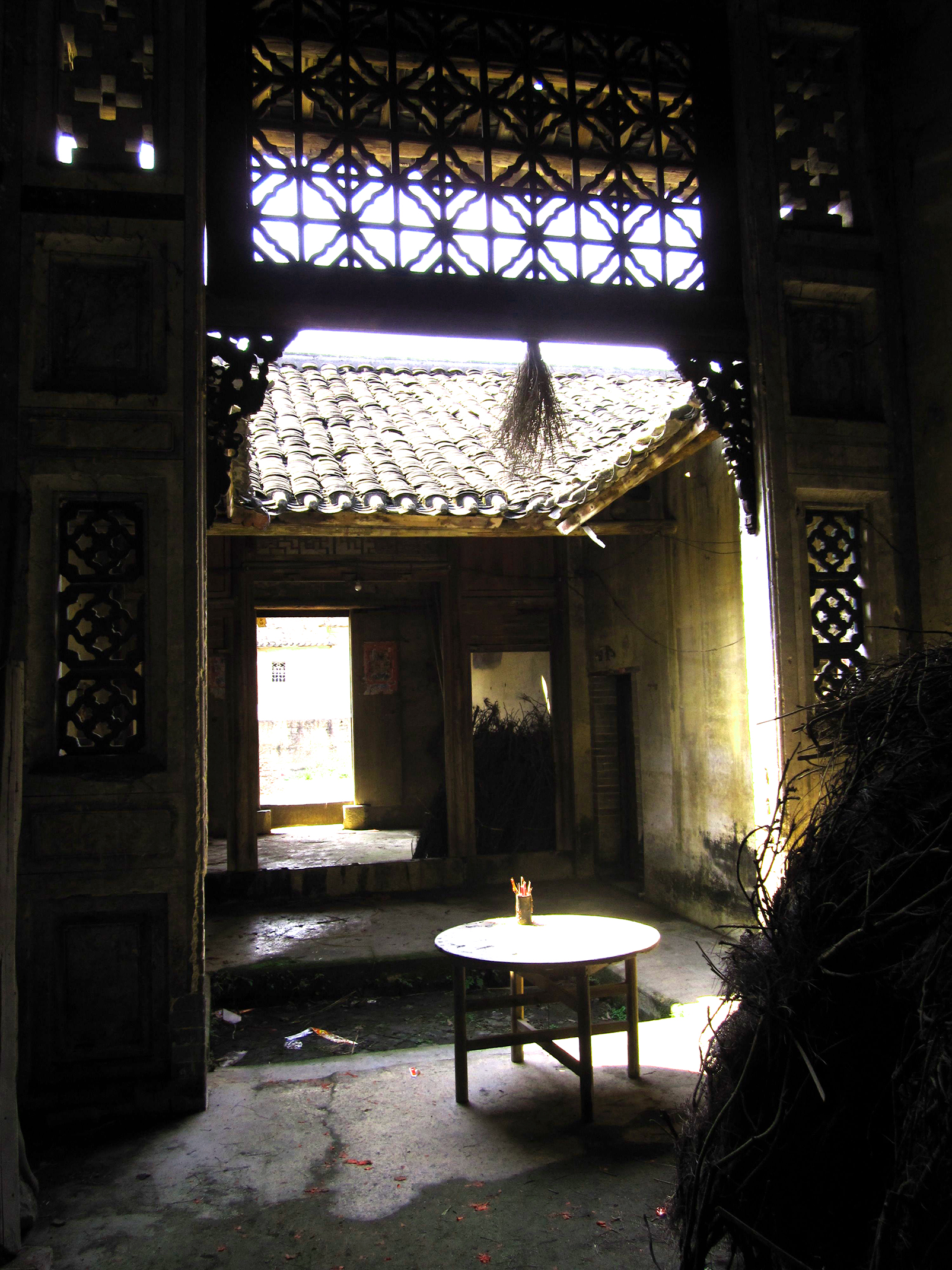 China abandoned house Guangdong province Pen & Wok Blog - PenAndWok.com - Cecilie's PenAndWok.com