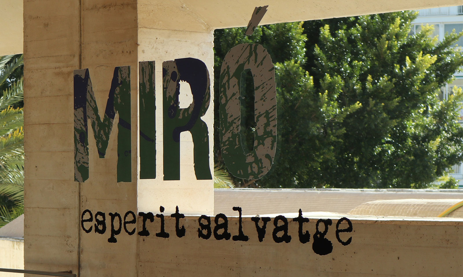 Miro,-lettering,-museum Joan Miró, Still Modern After All these Years - PenAndWok.com - Cecilie's PenAndWok.com